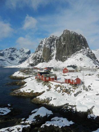 hamnoy-lofoten-island-norway-a-tiny-fishing-village-inside-the-arctic-circle--27178.jpg