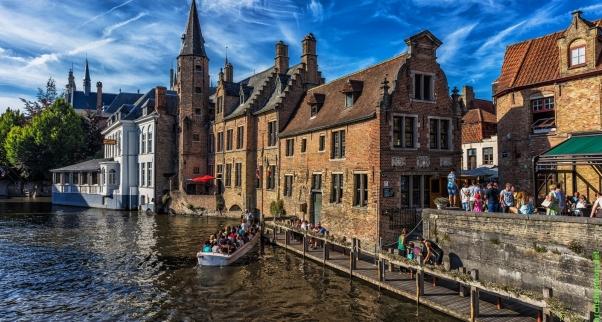 Bruges-Brugge-Belgium.jpg